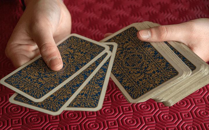 タロットカード占いの強みと弱点